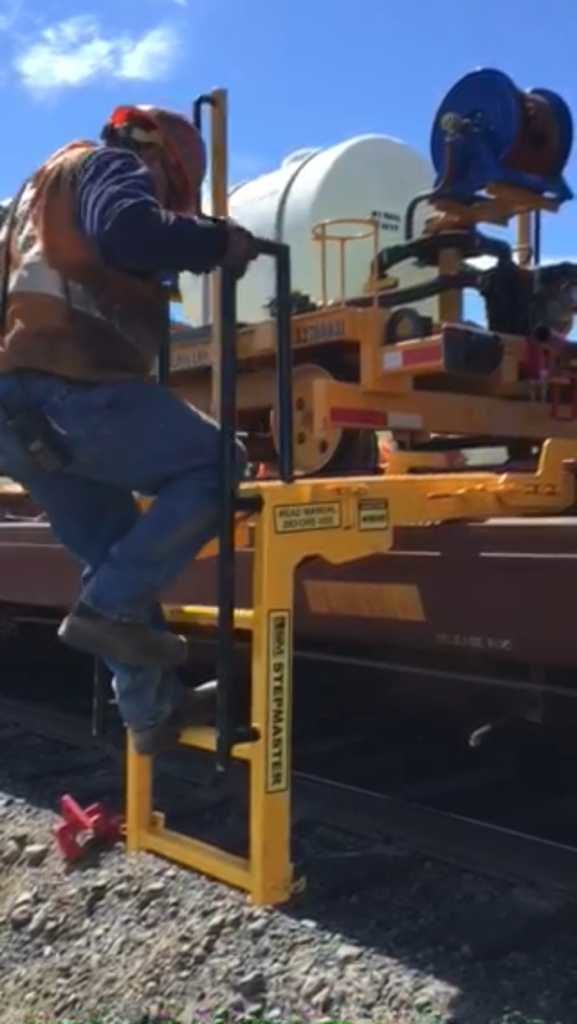 Stepmaster Ladder